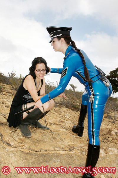 Latex Lady Cora and her slavegirl