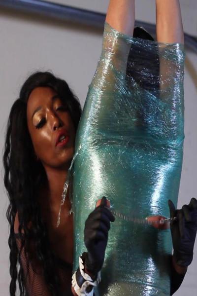 Black slavegirl with oiled skin