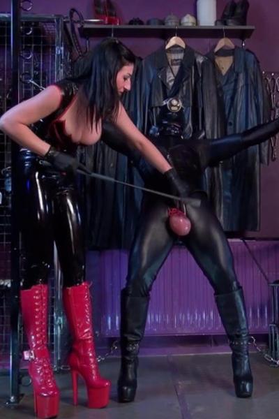 Latex Lady SABRINA and CBT slave