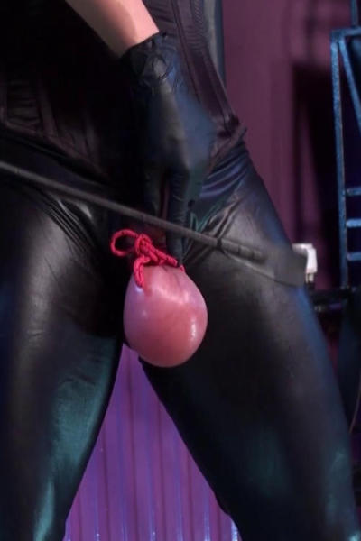 Latex Lady SABRINA spanking dick close up