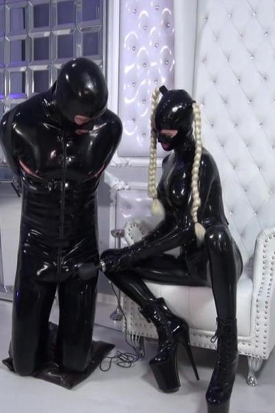Lady SANDRA teasing the slave