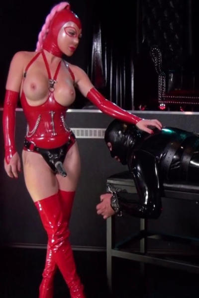 Lady RAMONA and black rubber slave